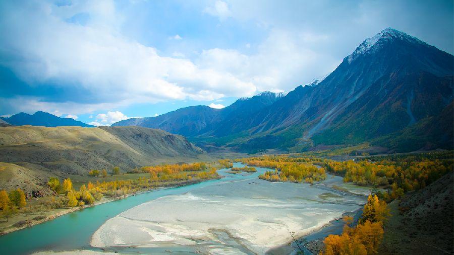 К восточному склону Белухи
