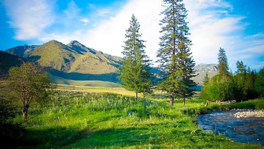 К озеру Тогусколь